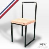 Chaise Vales / AGtrema en acier brut et bois massif.Assise disponible en Frêne-olivier, Noyer ou Erable.