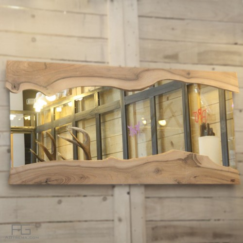 Miroir Reddo artisanal, bois massif avec bords brut en cascade, Live-edge, en Noyer, Artisan d'Alsace.