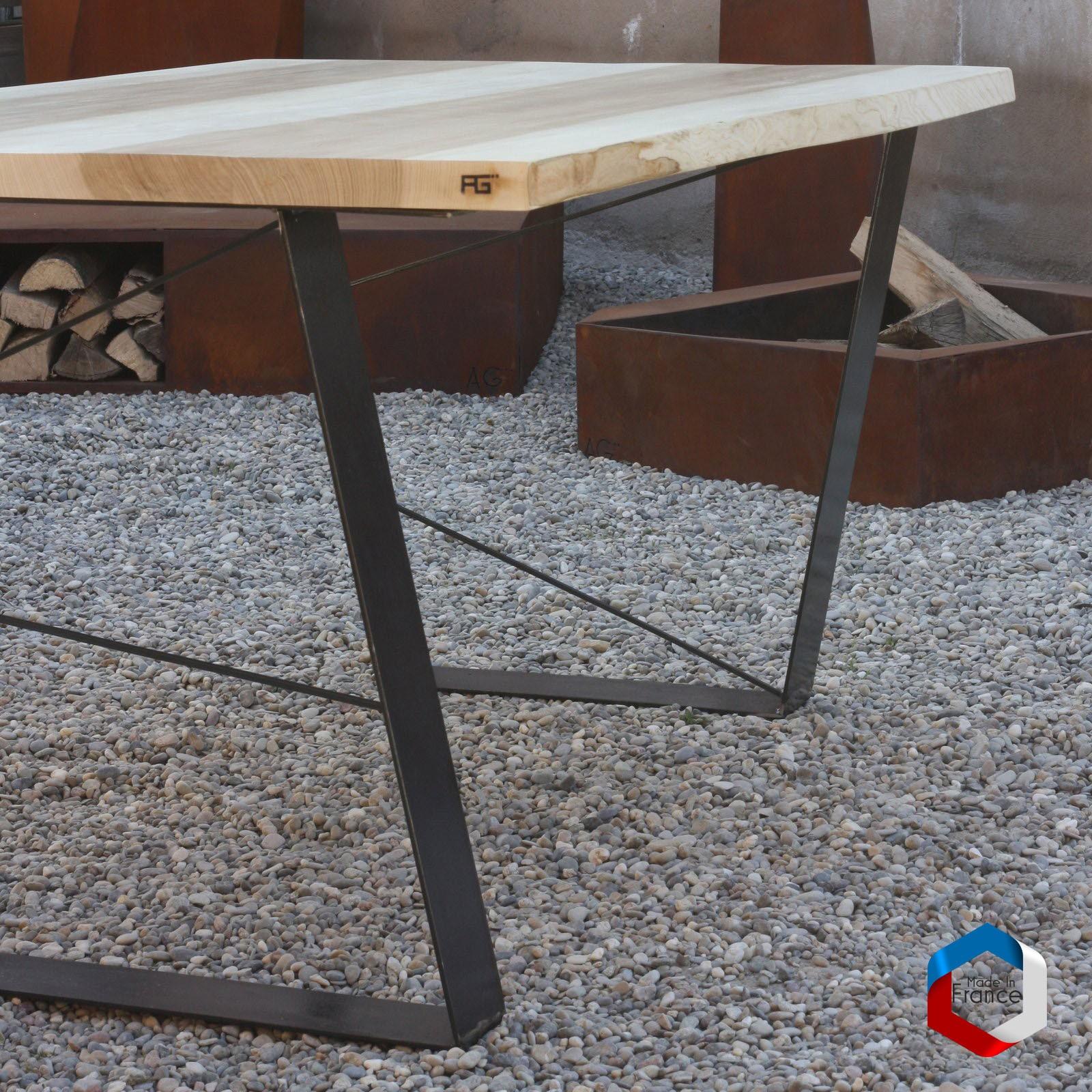 table live egde plateau bois massif et pieds acier agtrema. Black Bedroom Furniture Sets. Home Design Ideas