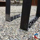 Finition des piétements, Acier Brut ou ONYX (patine noire)