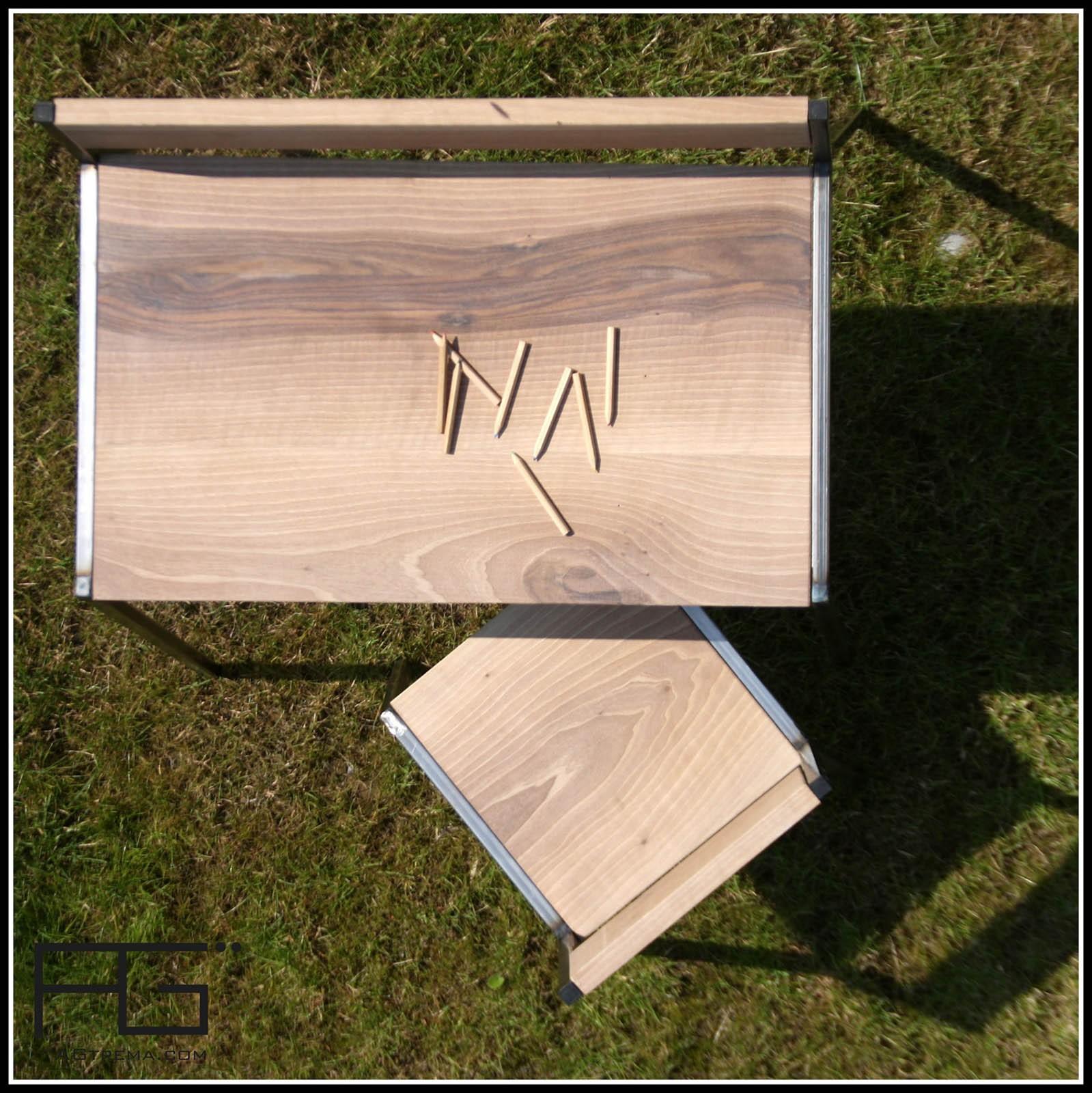 bureau enfant bella 2 8 ans bois massif acier artisanat agtrema. Black Bedroom Furniture Sets. Home Design Ideas